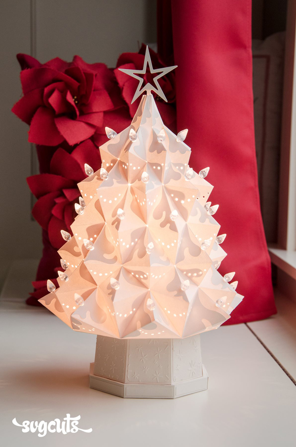 heirloom-christmas-tree-svgcuts-ivory