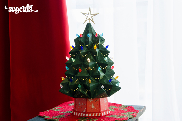svgcuts-04-heirloom-christmas-tree